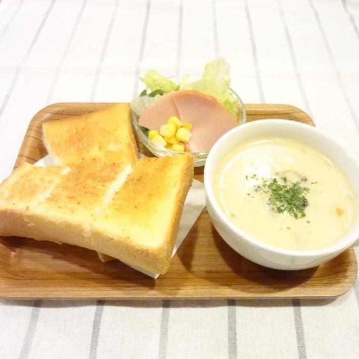 スーププレート(クラムチャウダー)